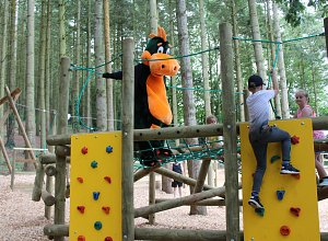 digby-and-climbing-walls-rsz-website